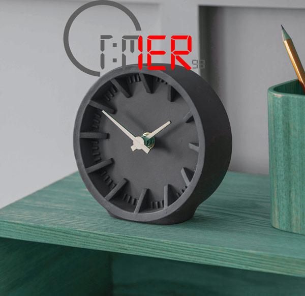 ساعت رومیزی شیک